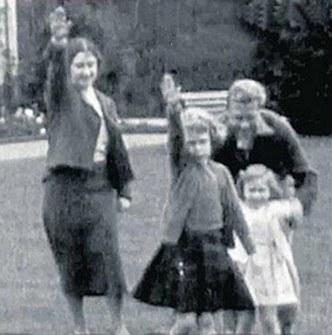 Sun Nazi Salute - Queen - TWEETS.jpg