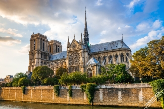 Paris-Notre-Dame-de-Paris-from-Senna